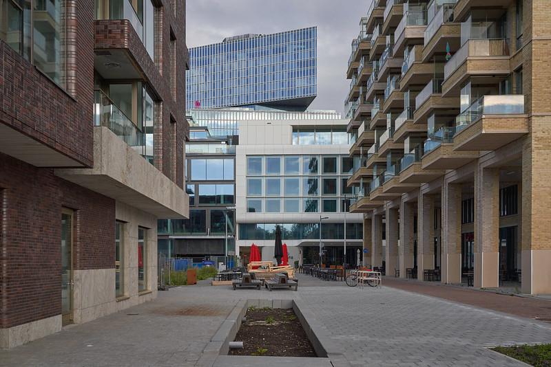 SUD Amsterdam door Office Winhov